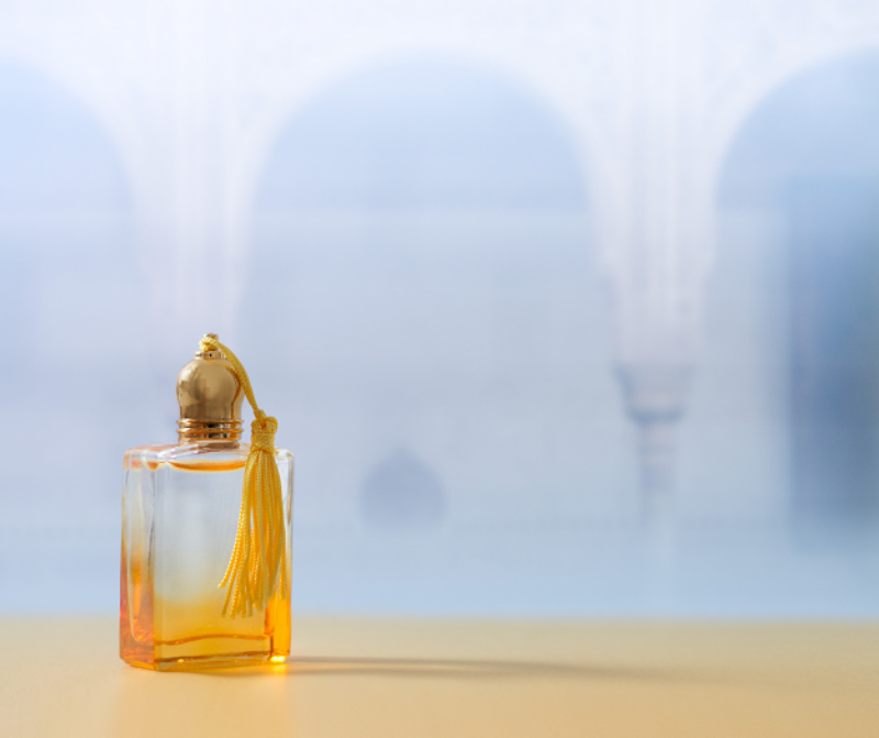 flacon transparent degrade jaune parfum sans alcool