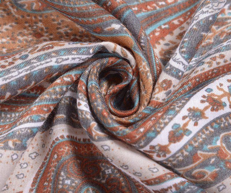 foulard effet cachemire orange et bleu