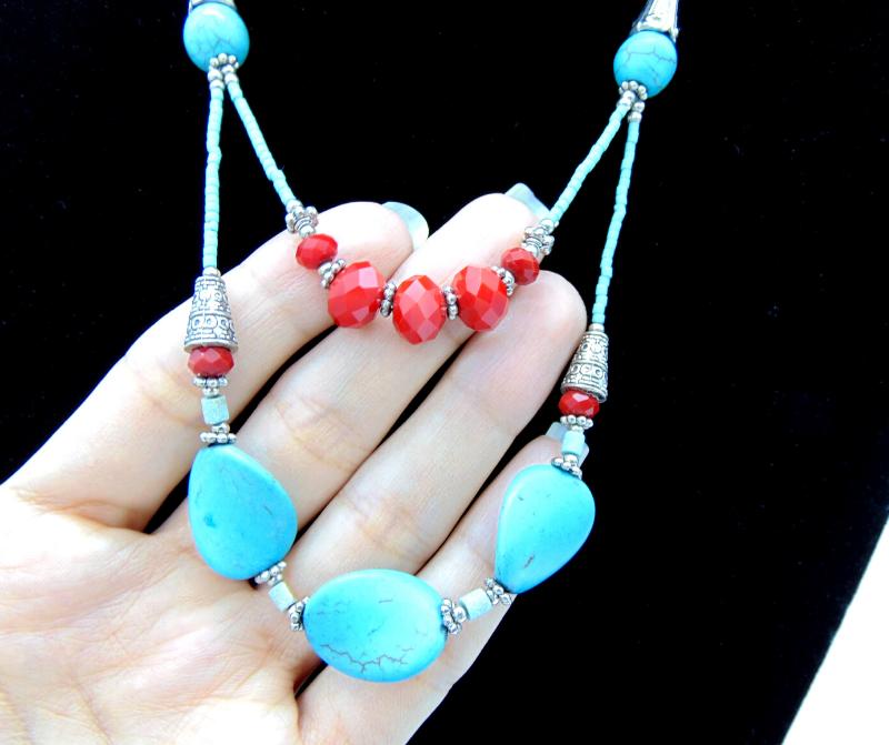 Parure_collier_ethnique_pierre_naturelle_turquoise_et_bracelet_cristal