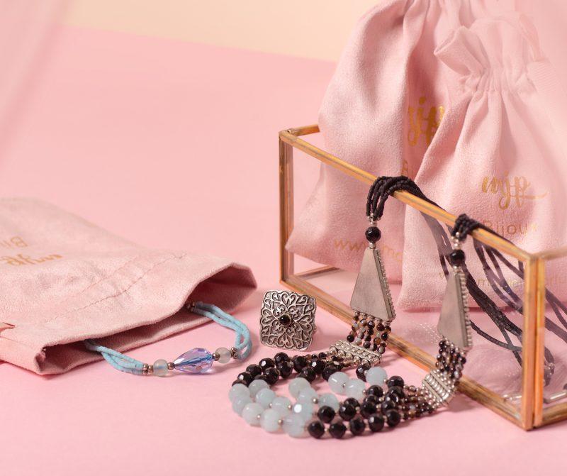 Parure collier, bracelet et bague ethnique en pierres naturelles d'agate